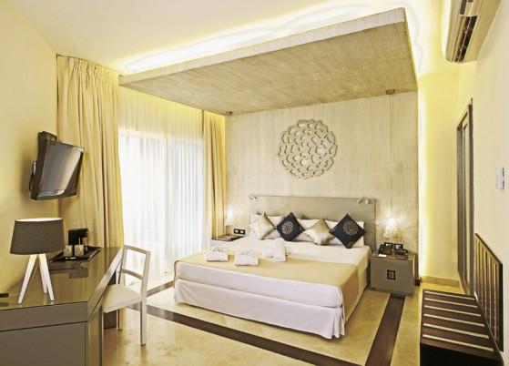 Hotel Ocean Maya Royale