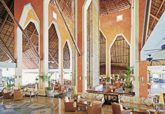 Hotel Grand Palladium White Sand Resort & Spa