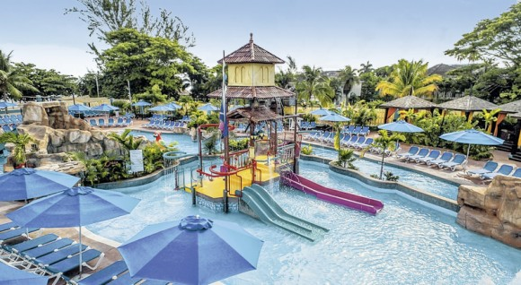 Jewel Runaway Bay Beach & Golf Resort