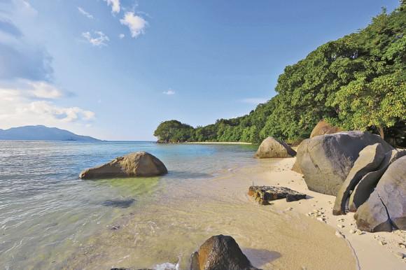 Beachcomber Sainte Anne Island