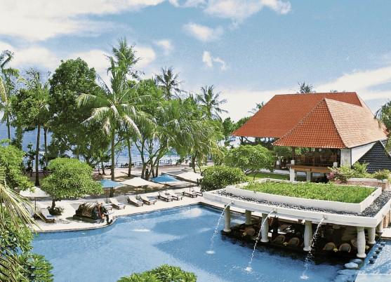 Puri Santrian (a Beach Resort)