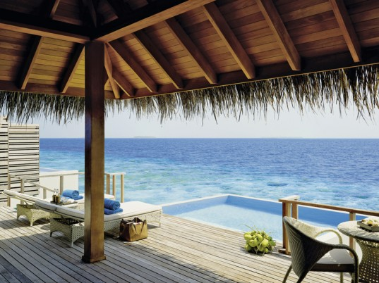 Dusit Thani Maledives