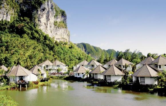 Peace Laguna Resort