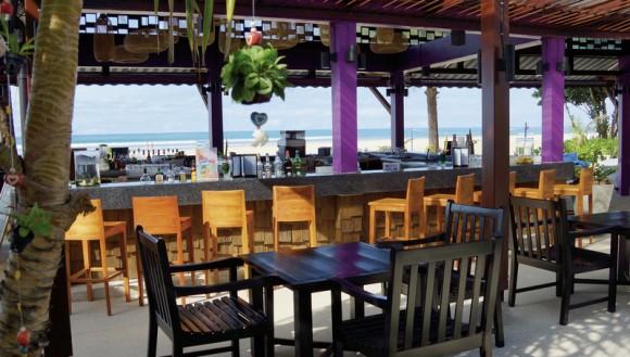 COOEE Apsara Beachfront Resort & Villa