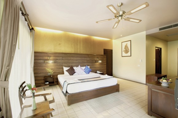 Hotel Khao Lak Wanaburee,