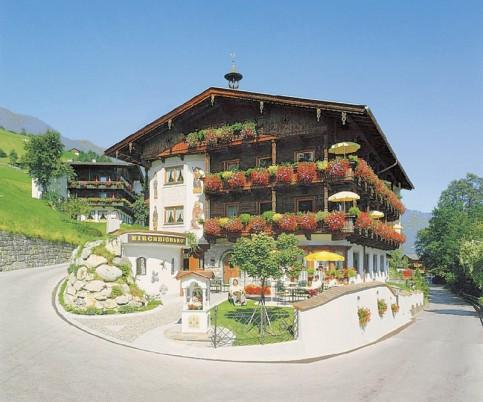 Kirchbichlhof & Nebenhaus