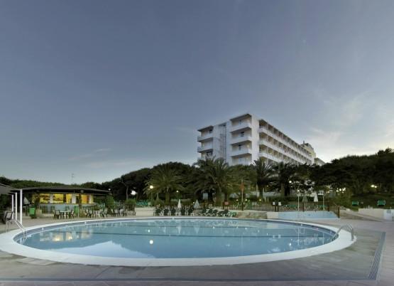 Hotel Fiesta Hotel Cala Nova,