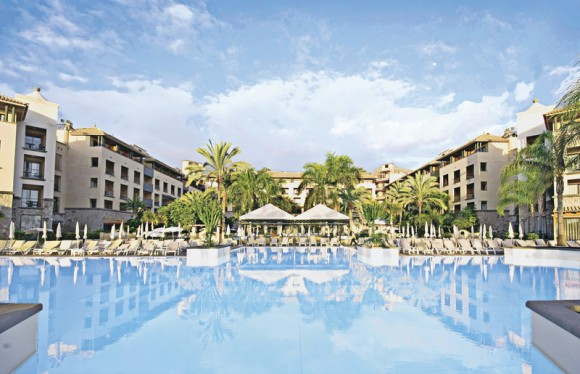 Hotel GF Gran Costa Adeje,
