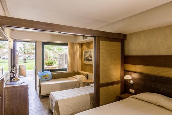 Club calimera sirens beach hotel kreta buchen its coop for Hotelsuche familienzimmer