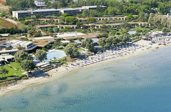 Kernos Beach & Bungalows