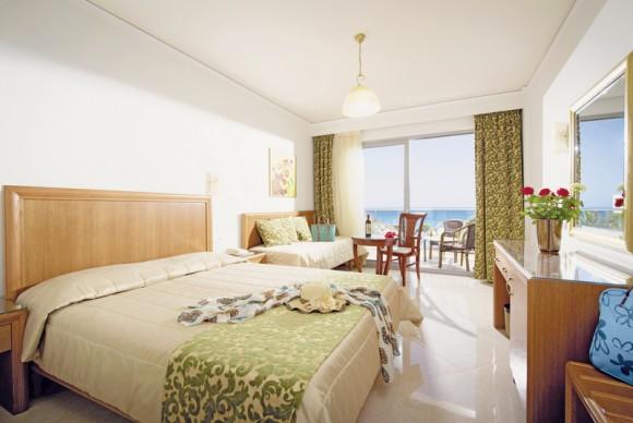 Hotel Ariadne Beach,