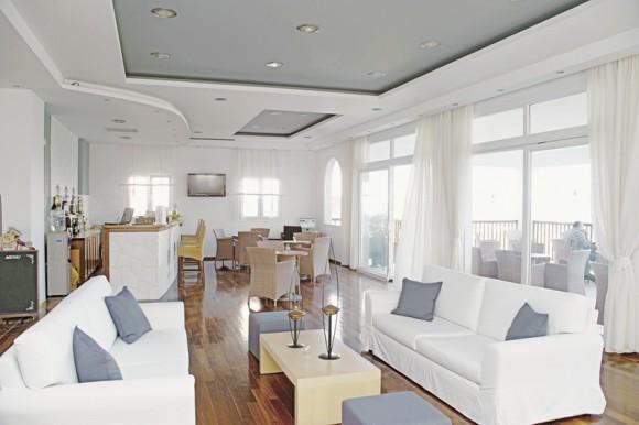 Hotel Naftilos,