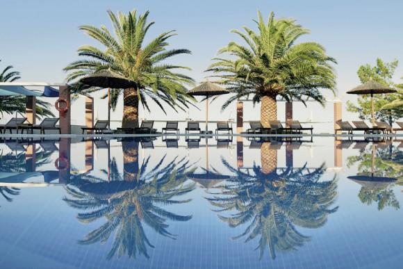 Alexandra Beach & Spa Resort