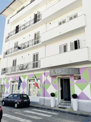 Hotel Hotel la Perla,