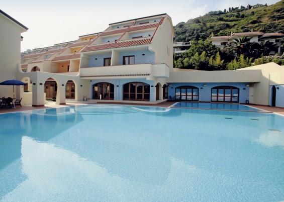Hotel Tropis,