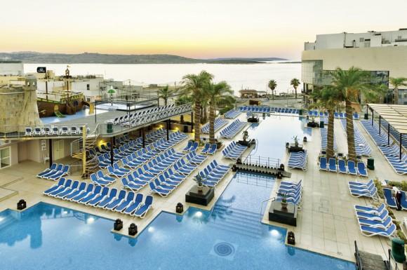 Hotel db San Antonio + Spa,