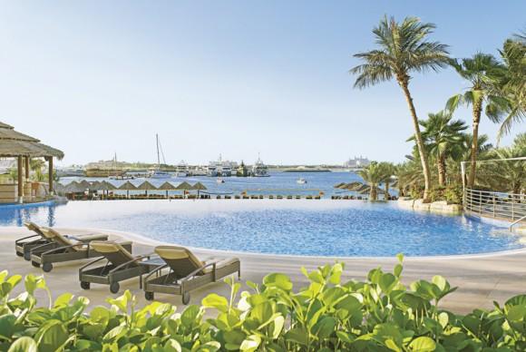Le Meridien Mina Seyahi Beach Resort