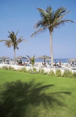 Lou\' Lou\' A Beach Resort