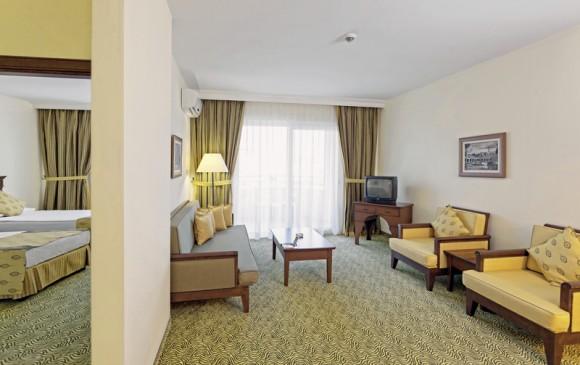 Royal Garden Suites