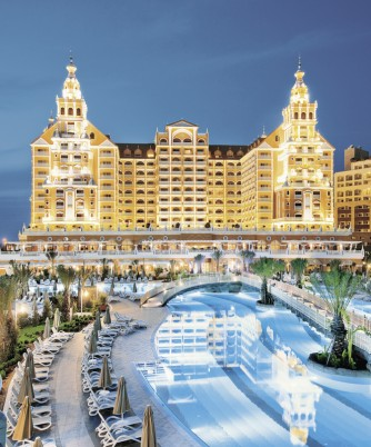 Hotel Royal Holiday Palace,