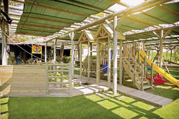 COOEE Arcanus Side Resort