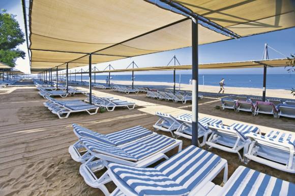 Thalia Beach Resort