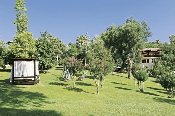 Melas Holiday Village
