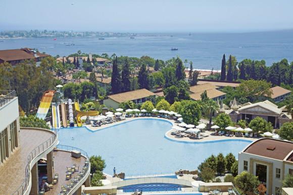 Horus Paradise Luxury Resort & Club