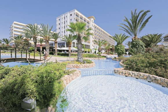 Hotel Sandy Beach,